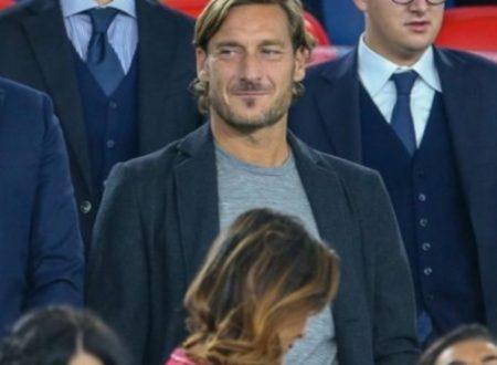 Totti torna al olimpico, ma la Roma lo oscura per evitare gli applausi.